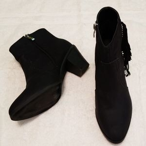 Bucco Black Ankle Boots with Fringe in Size 10